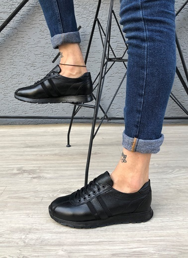 MUWAGO Sneakers Siyah